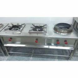 srisakthiinnovations Commercial Kitchen Cooking Range, Three Burner, Size: 60
