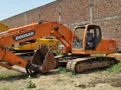 Used Spare Parts Of Excavator Doosan 225