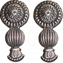 Silver Earring With Floral Motif E24l10s8
