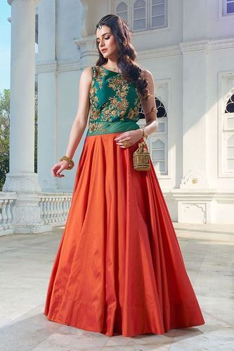 cba71caf78bc Designer Gown With Dupatta, लॉन्ग गाउन - Bhakti Fashion ...
