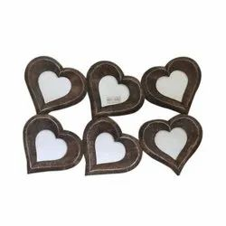 Available In Iron And Wooden Heart Shape Decorative Photo Frame