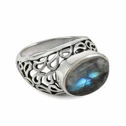 Alluring 925 Sterling Silver Blue Labradorite Ring