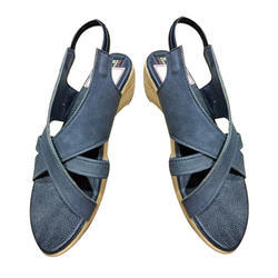 e702c672166af1 Ladies Black Leather Sandal