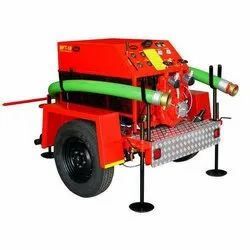 350 M Manual Trailer Mounted Fire Pump, Max Flow Rate: 700-1800-2200 Lpm