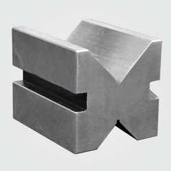 Cast Iron Elongated V Block