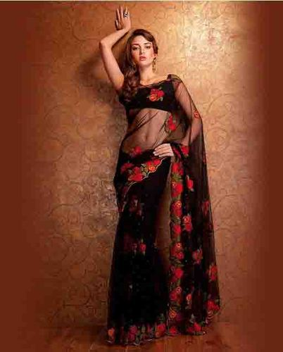 254e23268d1b0 Lady Selection Black Floral Embroidered Saree