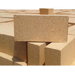 Rectangle Fireproof Brick, Size: 9x4.5x3 Inch