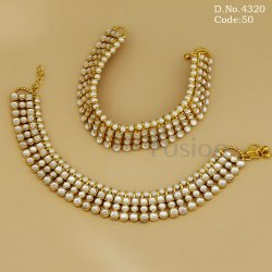 Traditional Kundan Payal