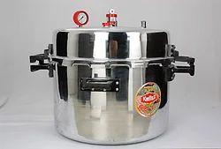 World''s Largest Jumbo Pressure Cooker 160 Ltr
