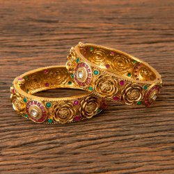 Brass Women Gold Plated Antique South Indian Bangles 202616