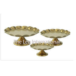 Metal Cake Stand Golden Color