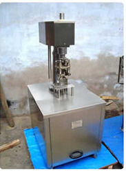 Semi Screw Capping Machine