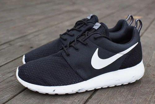 a12d78c12c5b Cool Black Nike Roshe Shoes