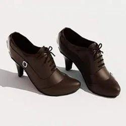 Formal Ladies Designer Leather Shoes