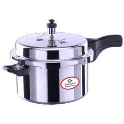Bajaj Majesty Outer Lid Pressure Cooker