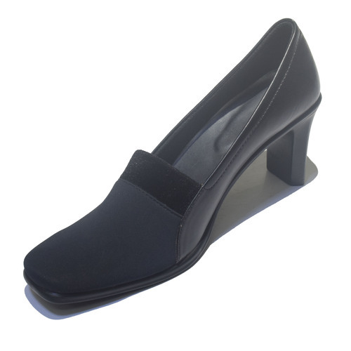 09e91595337de Girls Formal Shoes