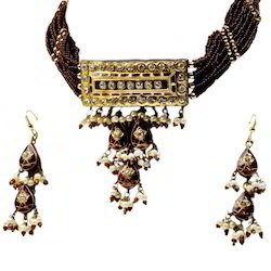 Traditional Lacquer  Necklace Set 122
