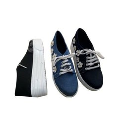 Casual Wear Girls Canvas Shoes