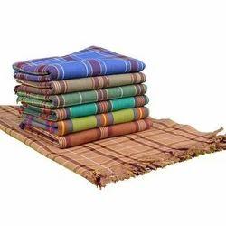 Multi Dark Colors Checked Vanaja Bath Towel, Size: 76 X 152 Cm