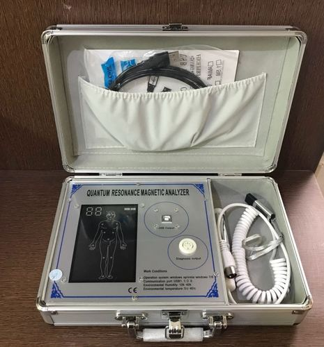Health Care Equipements Quantum Body Analyzer Machine