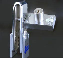 4 Secure Anti-Theft Clutch Lock