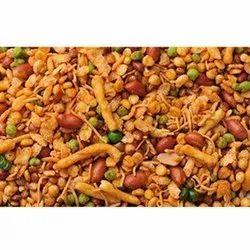 Masala Salted Namkeen Navratna Mixture, Packaging Size: 200g,400g, Packaging Type: Packet