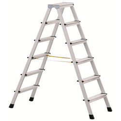 Aluminum Self Supporting Stool Type Folding Ladder