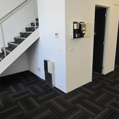 Assorted Nylon Living Room Bedroom Non-Slip Carpet Tile ...