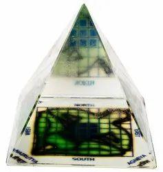 Kesar Zems Glass Vastu Pyramid (6 cm x 6 cm x 6 cm, Clear)