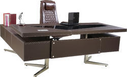 Premium Executive Table