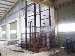 Hydraulic Goods Lift