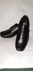 Lace Up Men Togo Shoe, Size: 7