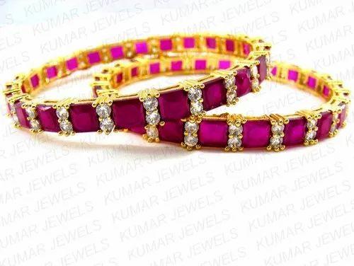 5a816beefec1e Stylish Diamond Looking Bangles