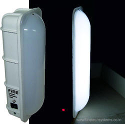 COMPACT EMERGENCY LIGHT - 5