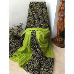 Khadi Green and Black Printed Handloom Saree, Length: 6.3 m