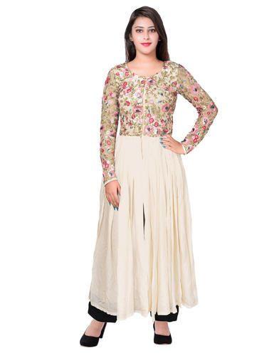 Kirti Gupta Ivory Designer Wedding Wear Lehenga Kurti Saree Suits 18 55 Rs 10999 Piece Id 20092415830