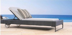 Wicker Pool Lounger with Wheels