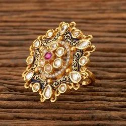 Kundan Classic Ring with gold plating 350082