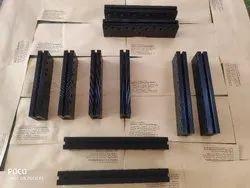 Packaging machine sealer jaw