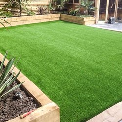 Green ARTIFICIAL GRASS (20MM) (MADE IN INDIA), Packaging Type: Roll