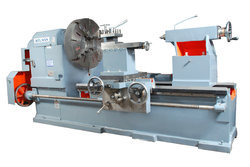 Accumax Extra Heavy Duty Lathe Machine