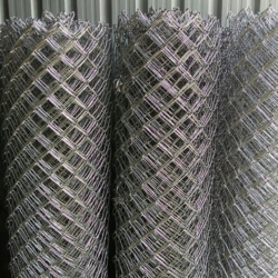 Galvanized Iron (GI) Chain Link Jali, Packaging Type: Roll