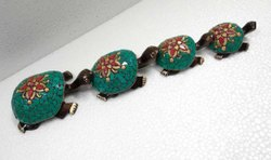 Wooden Tortoise Figure For Drawing Room Decoration