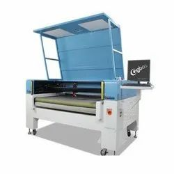 Two-Heads Intelligent Auto Feeding Laser Cutting Machine With Super Camera For Digital Printing