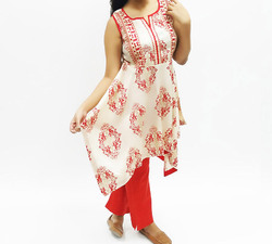 Shantoon Sleeveless Printed Kurta