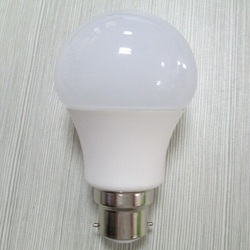Cool White Aarnova LED Bulb, 5 W And Below And 6 W - 10 W