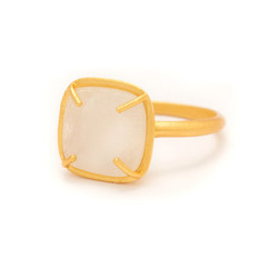 Pretty Hottest Ring Forever White Moonstone Capturing Solid 925 Gold Plated Gemstone Ring