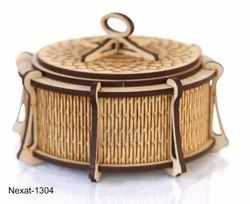 Brown Gift Wooden Designer Handcarved Jewellery Box, Size/Dimension: Meadium