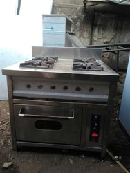 SS Four Burner Range With Pizza Oven