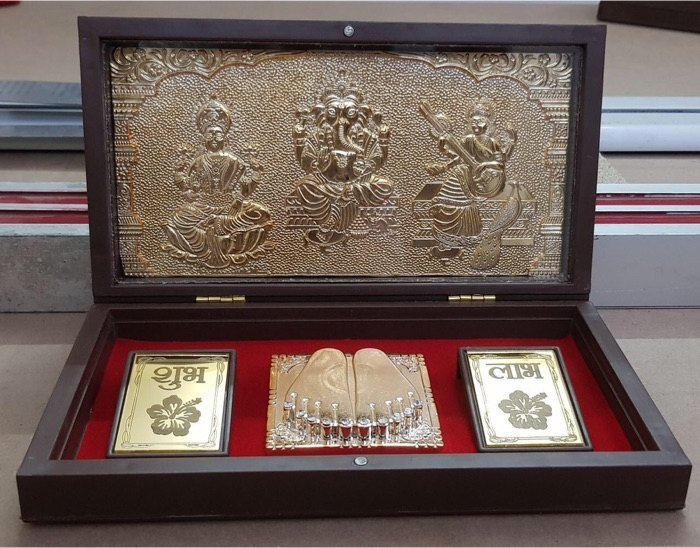 Diwali Shubh Labh Golden And Silver Plated Kit